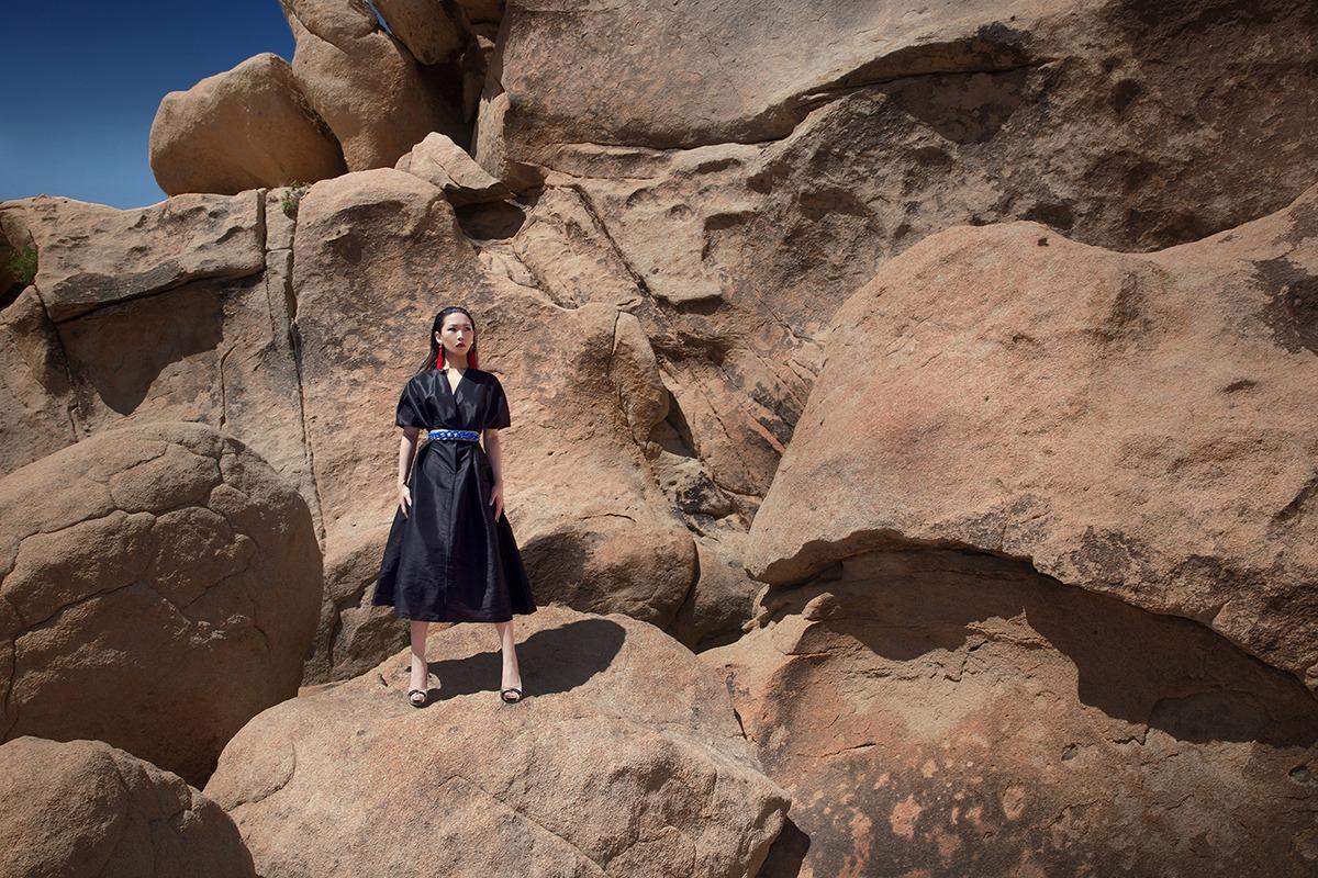GRANDI desert black wrap dress