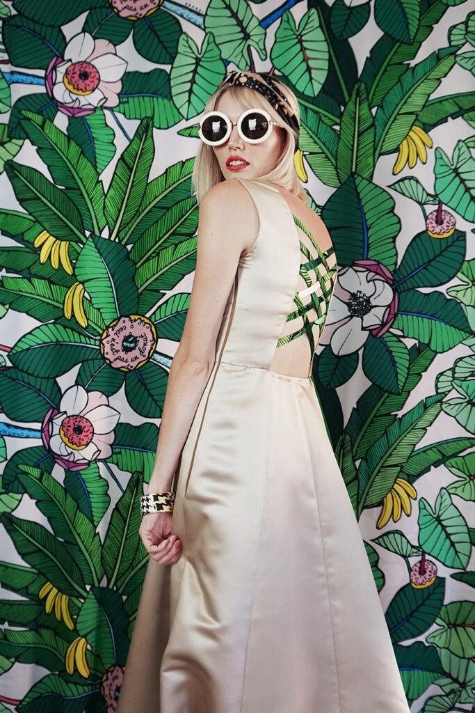 GRANDI art girl open back champagne gown