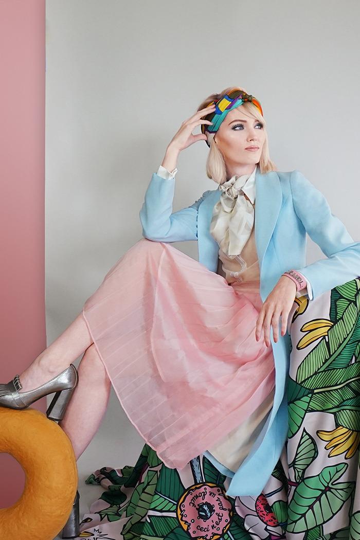GRANDI art girl blue coat pink pleated skirt